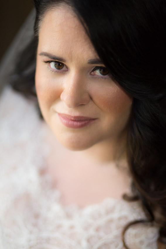 stunning-bride-at-loveless-cafe-wedding-nashville.jpg