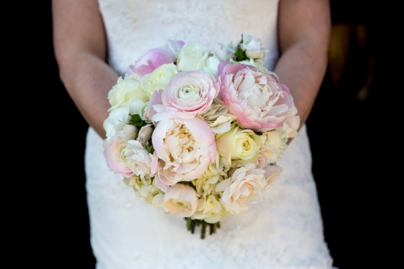 Gorgeous wedding bouquet for spring wedding in Nashville