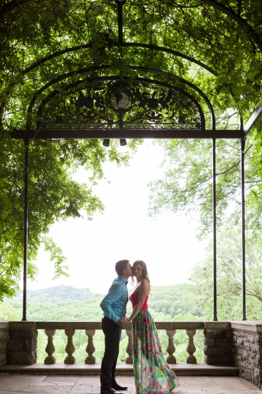 Nashville Cheekwood Engagement Session