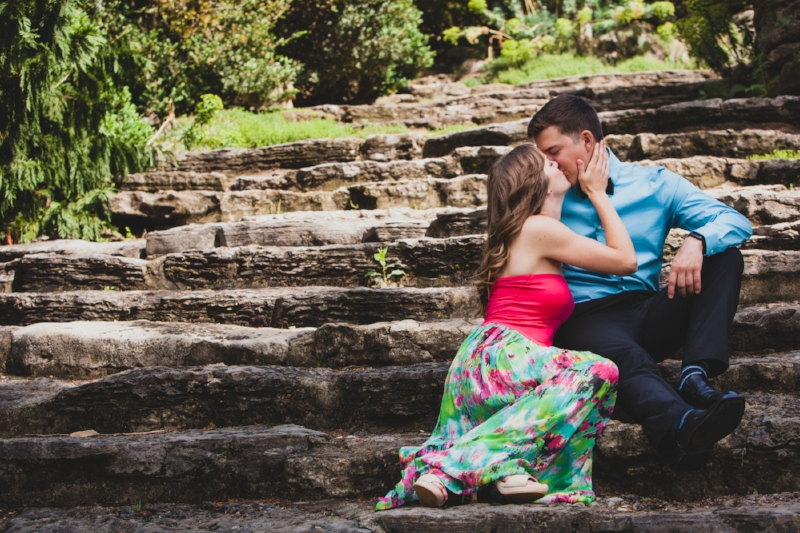 Gorgeous Engagement Photo at Cheekwood Gardens