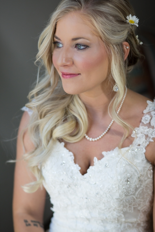 Beautiful portrait of Shanna on her wedding day