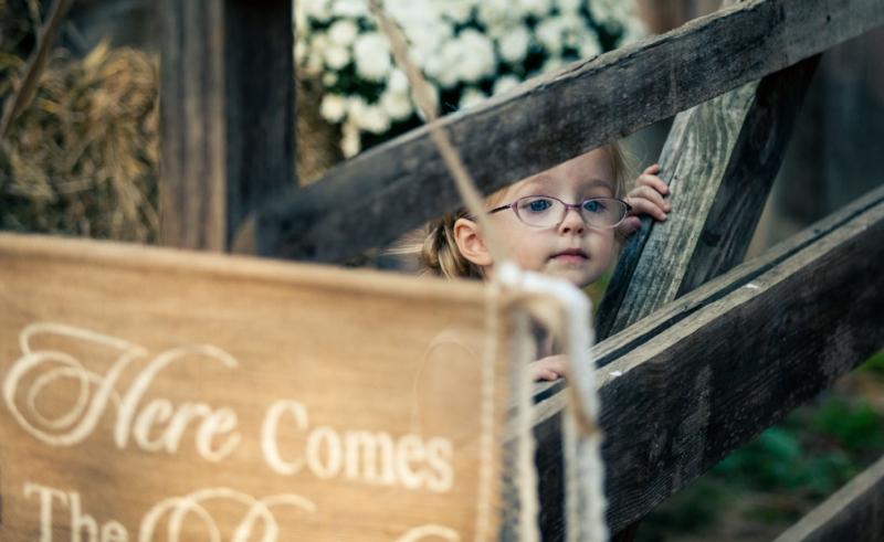 cutest-flower-girl-barn-wedding.jpg
