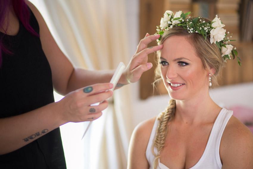 bride-getting-hair-done-homestead-manor.jpg