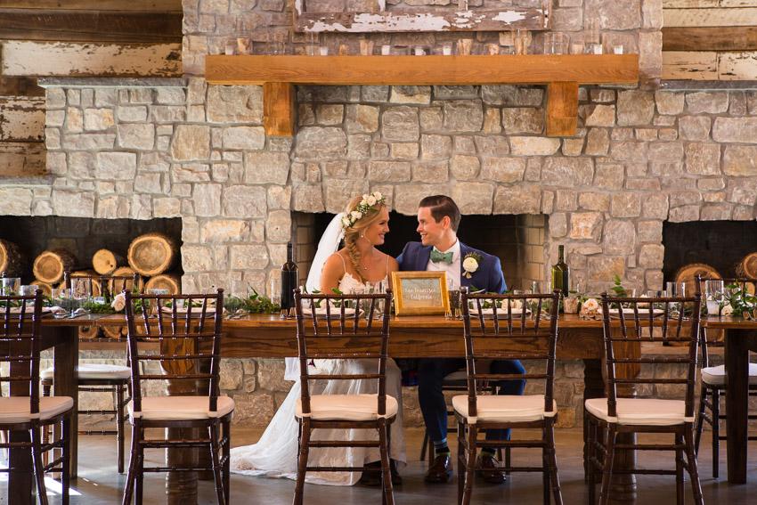 Homestead-Manor-wedding-reception-long-table.jpg