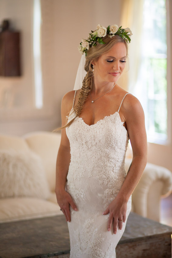 Homestead-Manor-Wedding-Andrea-and-Adam-0007.jpg
