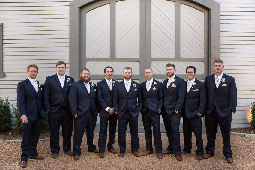 groom-and-groomsmen-at-belle-meade.jpg