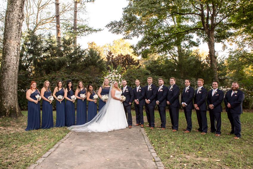 full-bridal-party-belle-meade-plantation.jpg