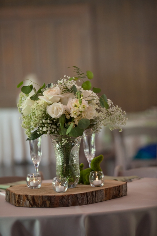 Loveless-cafe-wedding-reception-floral.jpg