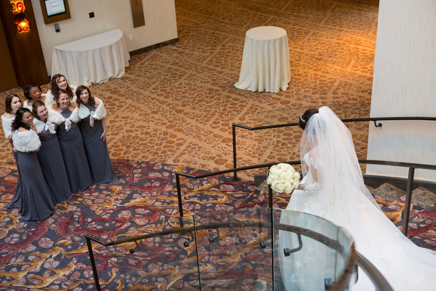 bride-and-bridesmaids-first-look-westin-nashville.jpg