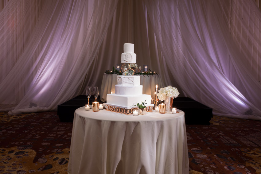 monogramed-wedding-cake-westin-nashville.jpg