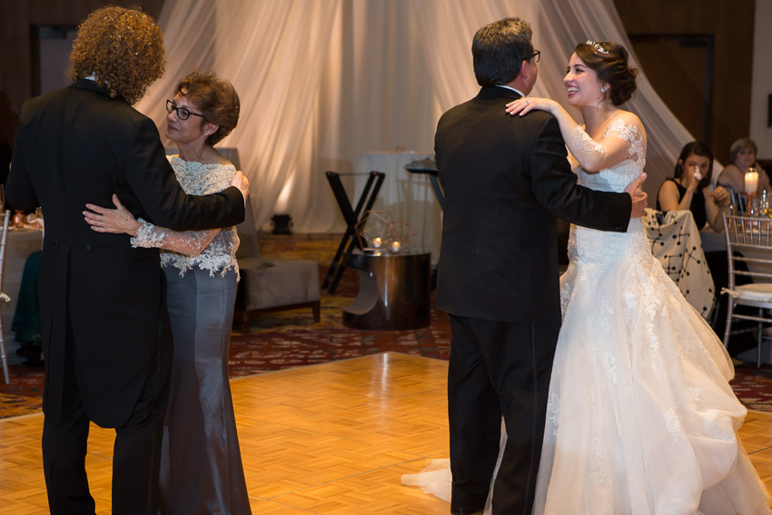 westin-nashville-family-wedding-dances.jpg