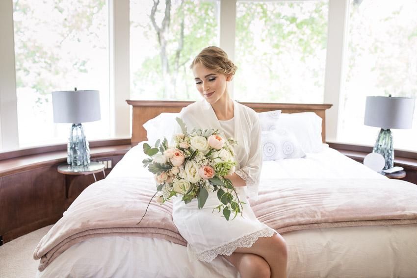 Bridal-Suite-The-Estate-at-Cherokee-Dock.jpg