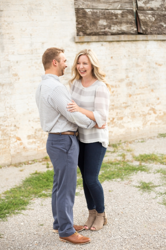 Kellie-and-Matt-Engagment-Sneak-Peak-0007.jpg