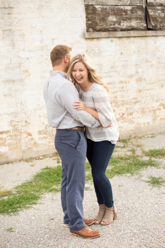 Kellie-and-Matt-Engagment-Sneak-Peak-0006.jpg