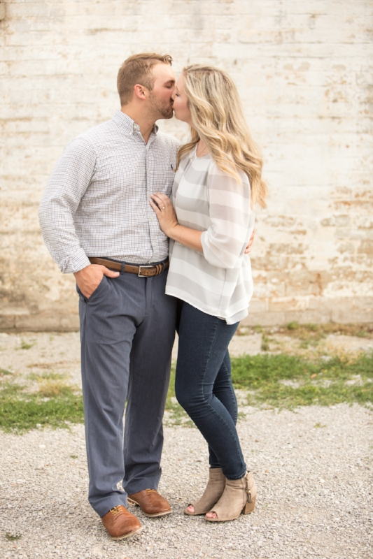 Kellie-and-Matt-Engagment-Sneak-Peak-0003.jpg