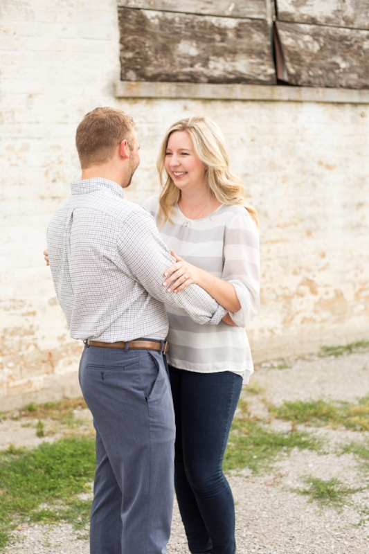 Kellie-and-Matt-Engagment-Sneak-Peak-0009.jpg