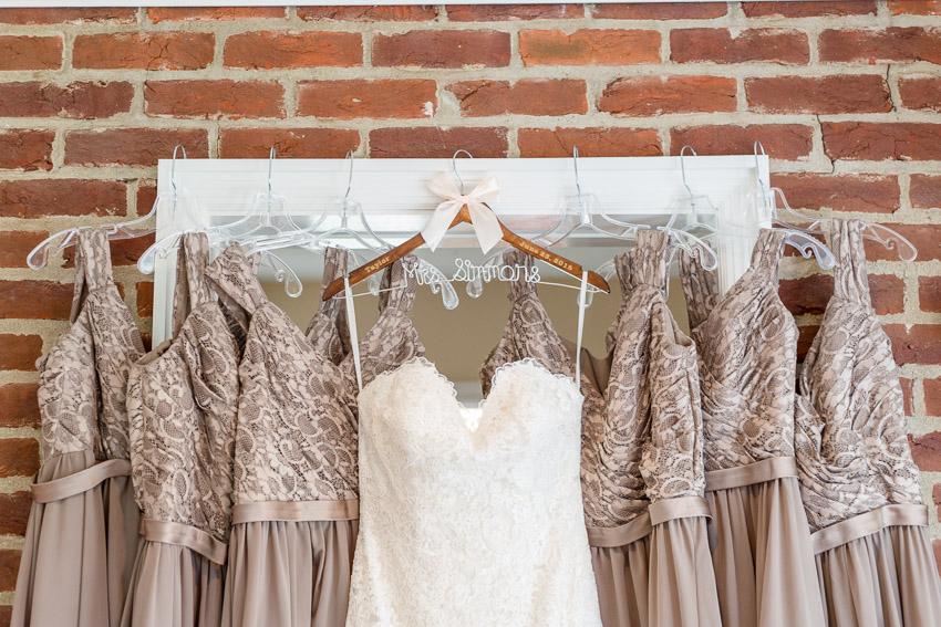 Wedding-dress-and-bridesmaid-dresses.jpg