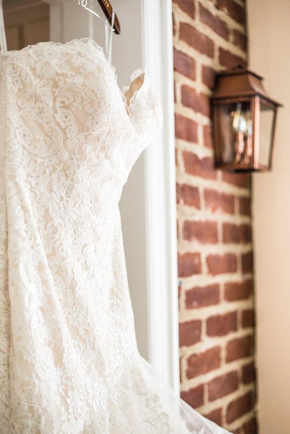 wedding-dress-oaklands-mansion.jpg
