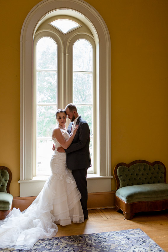 Oakland's Mansion is a gorgeous location for bride and groom portraits.