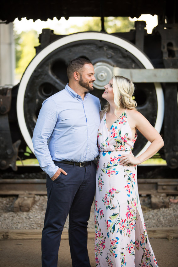 engagement-photo-centennial-park.jpg