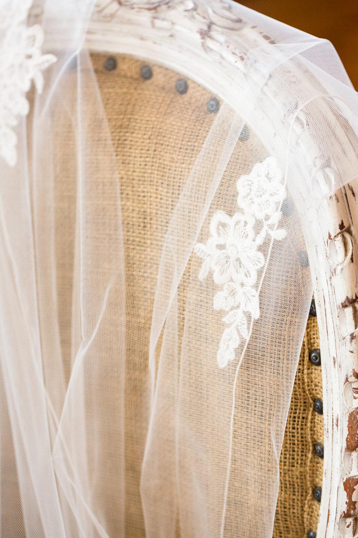 Legacy-Farms-Wedding-Haley-and-jared-Sneak-Peak-0012.jpg