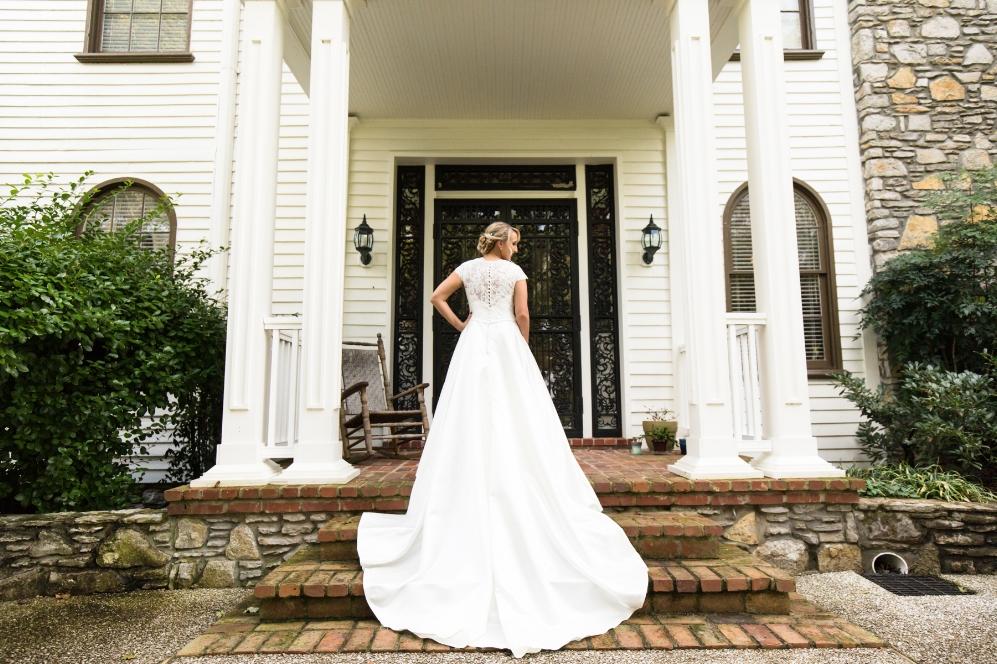Legacy-Farms-Wedding-Haley-and-jared-Sneak-Peak-0102.jpg