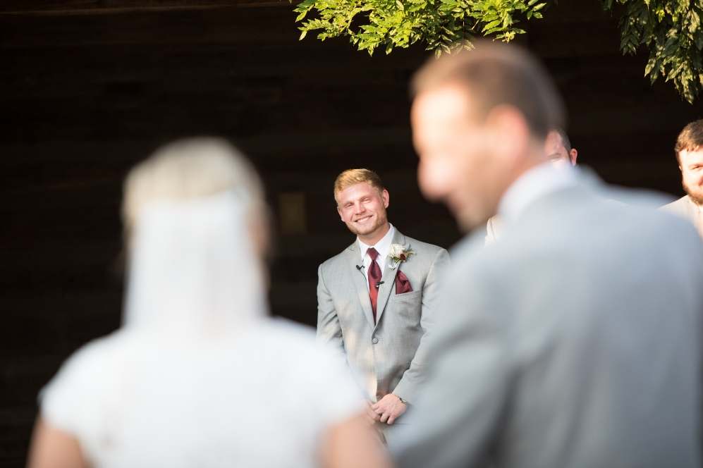 Legacy-Farms-Wedding-Haley-and-jared-Sneak-Peak-0123.jpg