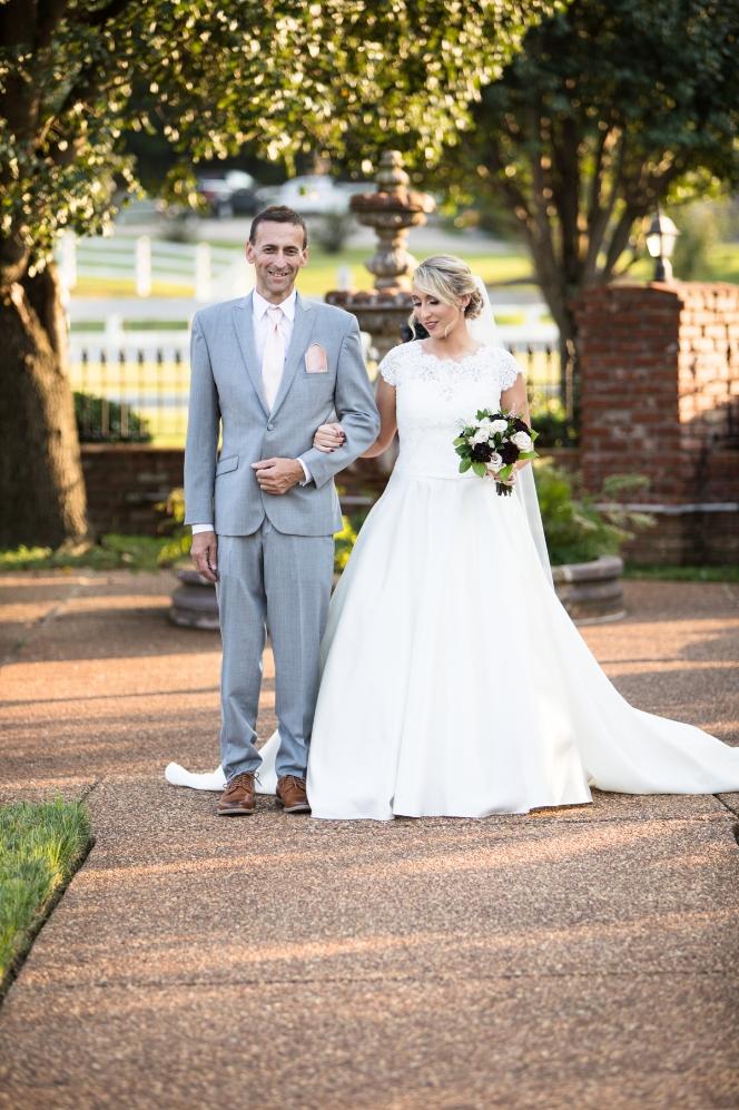 Legacy-Farms-Wedding-Haley-and-jared-Sneak-Peak-0121.jpg
