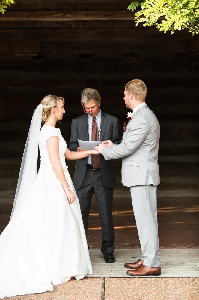 Legacy-Farms-Wedding-Haley-and-jared-Sneak-Peak-0128.jpg