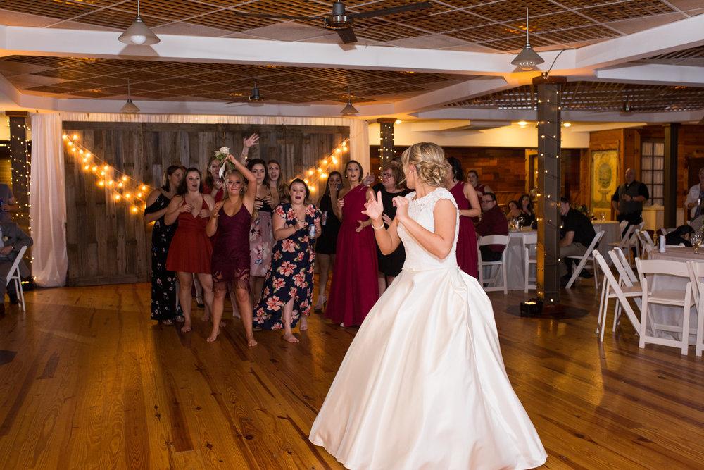 Legacy-Farms-Wedding-Haley-and-jared-Sneak-Peak-0192.jpg