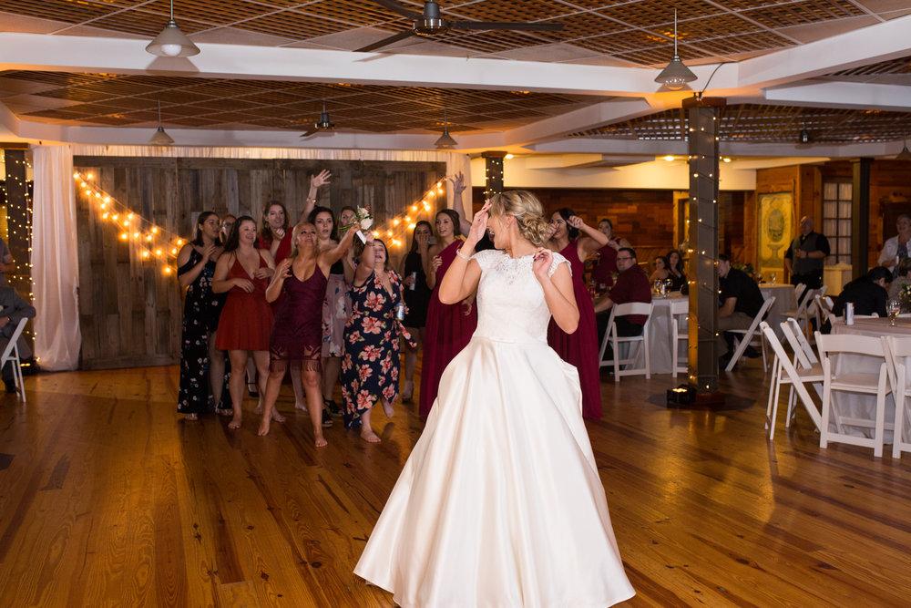 Legacy-Farms-Wedding-Haley-and-jared-Sneak-Peak-0191.jpg