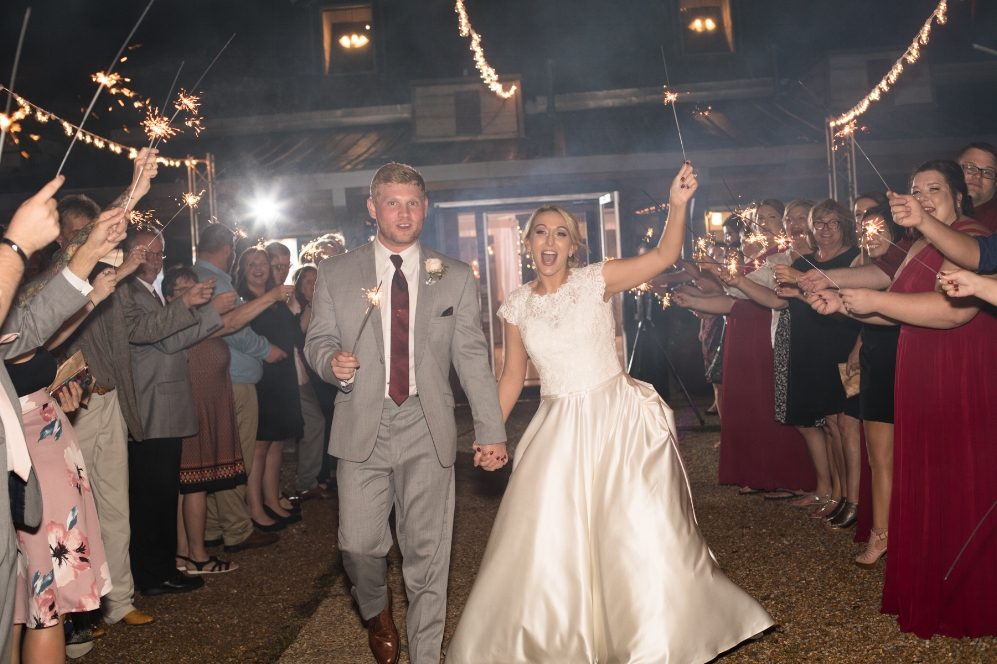 Legacy-Farms-Wedding-Haley-and-jared-Sneak-Peak-0202.jpg