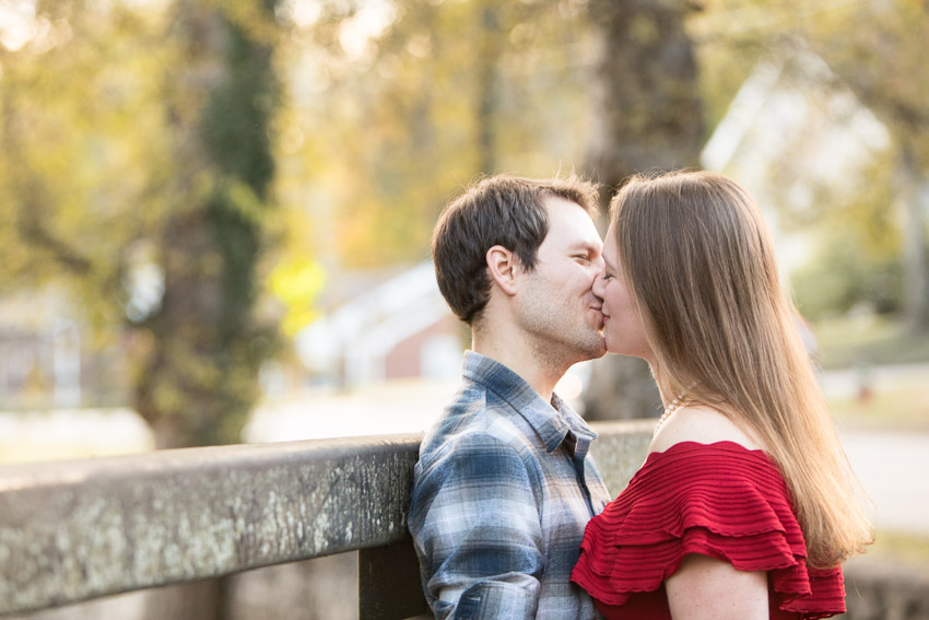 Nashville-Engagement-Session-Riverfront-Park-Aubree-and-Austin-0030.jpg