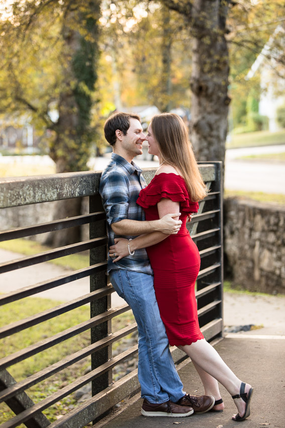 Nashville-Engagement-Session-Riverfront-Park-Aubree-and-Austin-0025.jpg