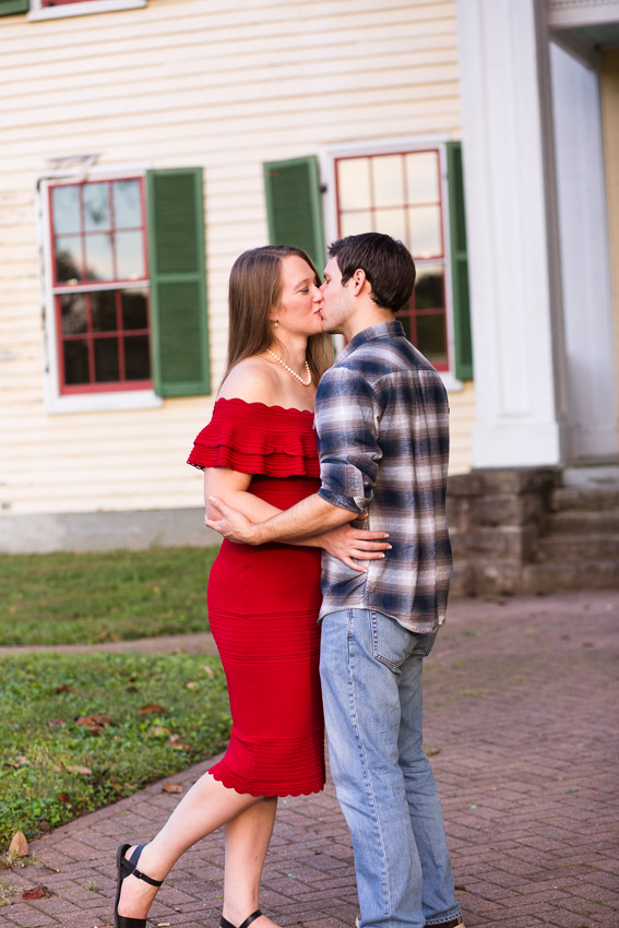 Nashville-Engagement-Session-Riverfront-Park-Aubree-and-Austin-0072.jpg