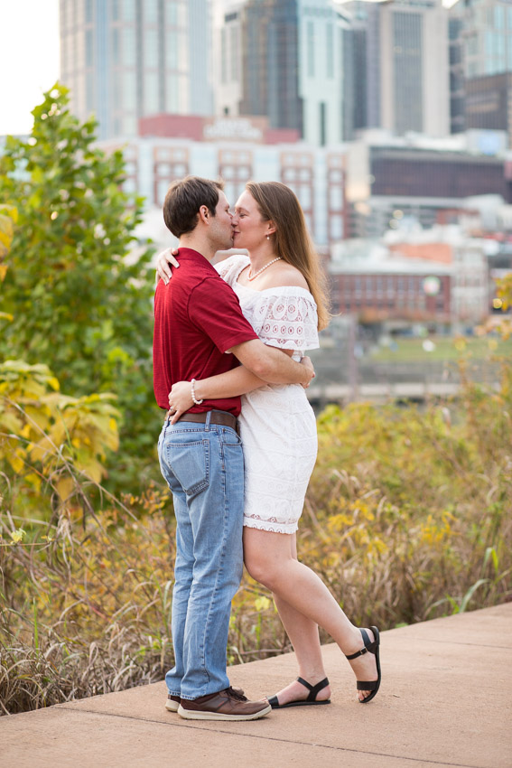 Nashville-Engagement-Session-Riverfront-Park-Aubree-and-Austin-0097.jpg