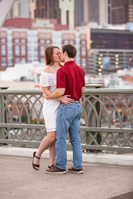 Nashville-Engagement-Session-Riverfront-Park-Aubree-and-Austin-0116.jpg