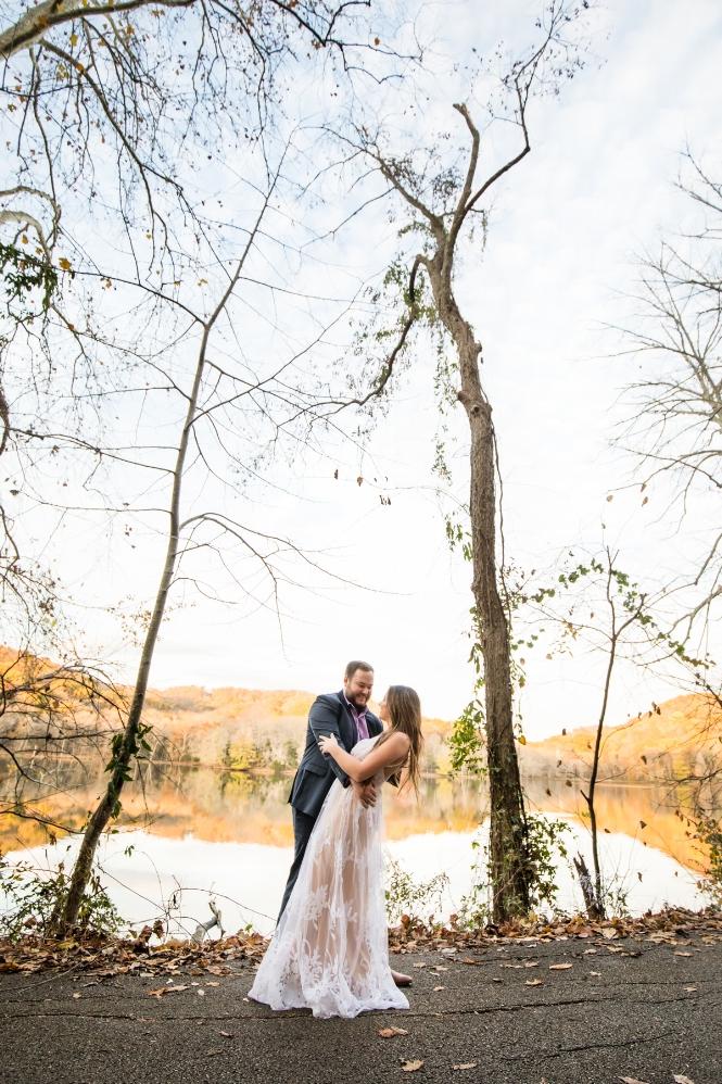 engaged-photo-session-lake-radnor.jpg