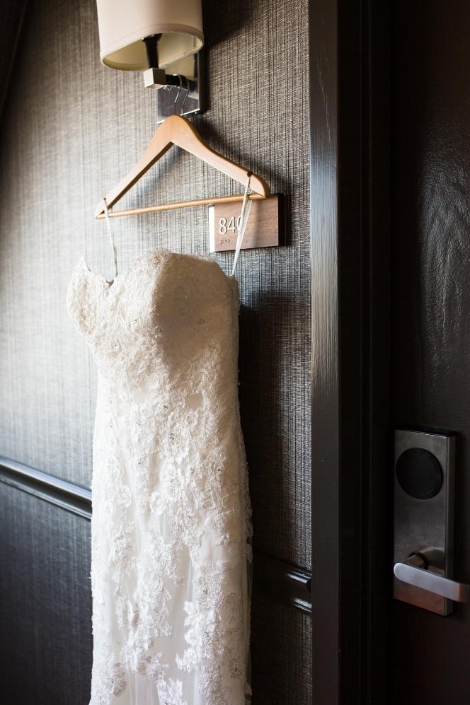 Cathederal-of-the-Incarnation-Nashville-Wedding-Arlene-and-Nathan-Wedding-Sneak-Peak-Negatives-0009.jpg