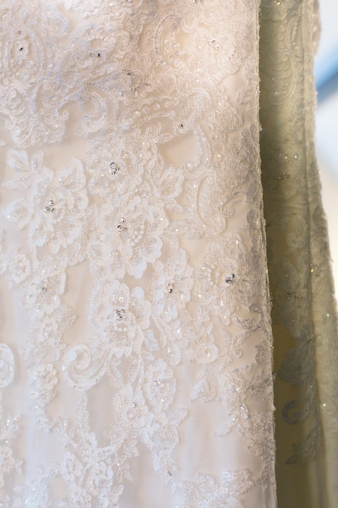 Cathederal-of-the-Incarnation-Nashville-Wedding-Arlene-and-Nathan-Wedding-Sneak-Peak-Negatives-0011.jpg