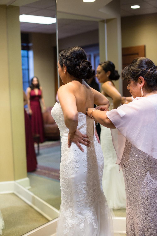 Cathederal-of-the-Incarnation-Nashville-Wedding-Arlene-and-Nathan-Wedding-Sneak-Peak-Negatives-0029.jpg