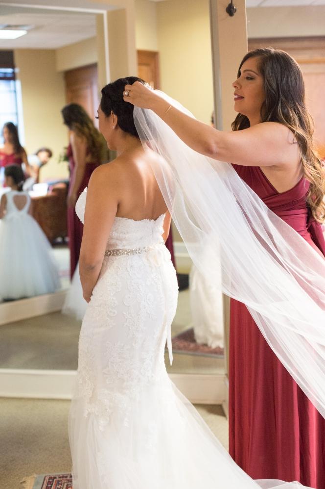 Cathederal-of-the-Incarnation-Nashville-Wedding-Arlene-and-Nathan-Wedding-Sneak-Peak-Negatives-0044.jpg