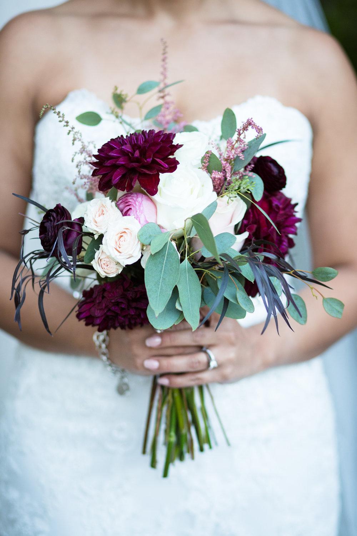 Cathederal-of-the-Incarnation-Nashville-Wedding-Arlene-and-Nathan-Wedding-Sneak-Peak-Negatives-0117.jpg