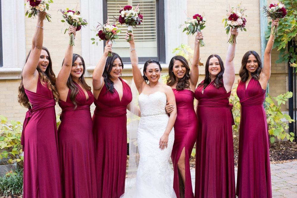 bridal-party-with-bouquets-nashville.jpg
