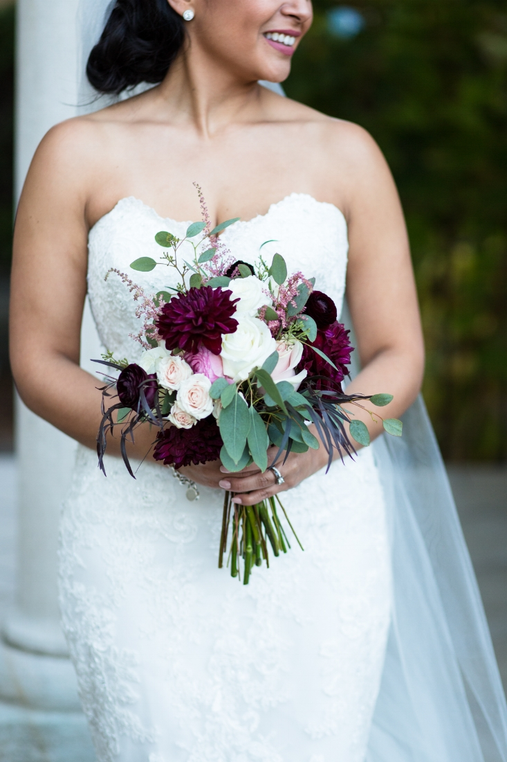 Cathederal-of-the-Incarnation-Nashville-Wedding-Arlene-and-Nathan-Wedding-Sneak-Peak-Negatives-0118.jpg