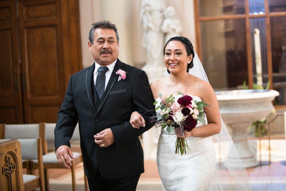 bride-entering-church-with-dad.jpg