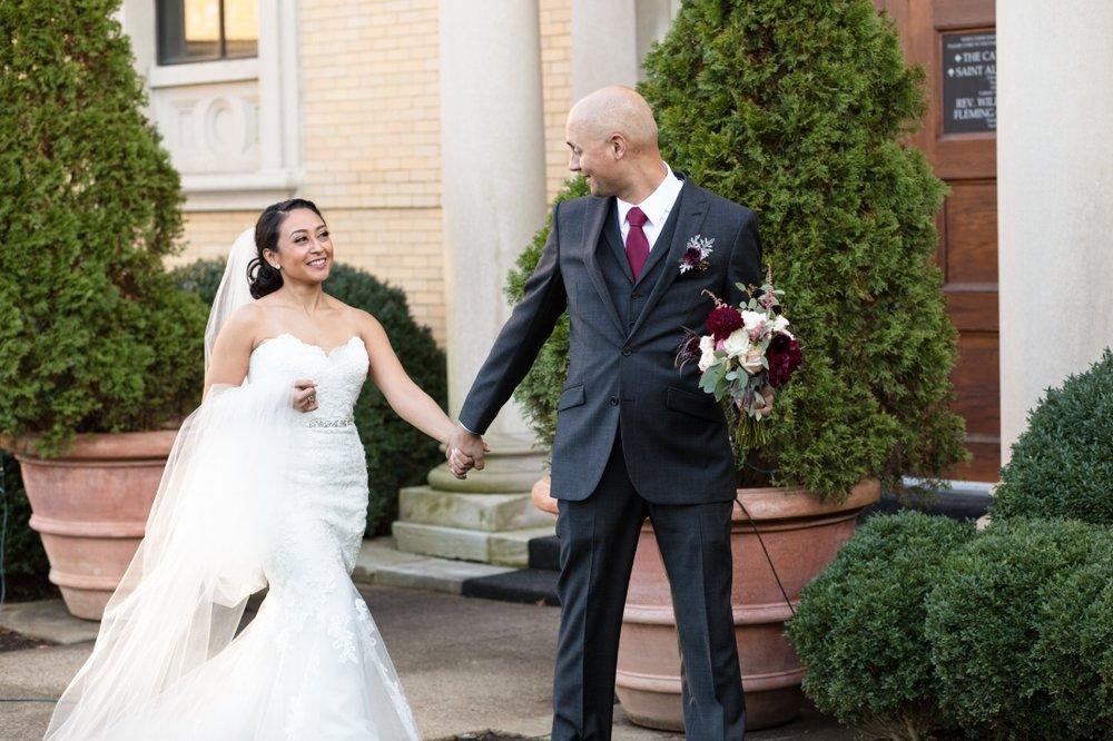 Cathederal-of-the-Incarnation-Nashville-Wedding-Arlene-and-Nathan-Wedding-Sneak-Peak-Negatives-0107.jpg