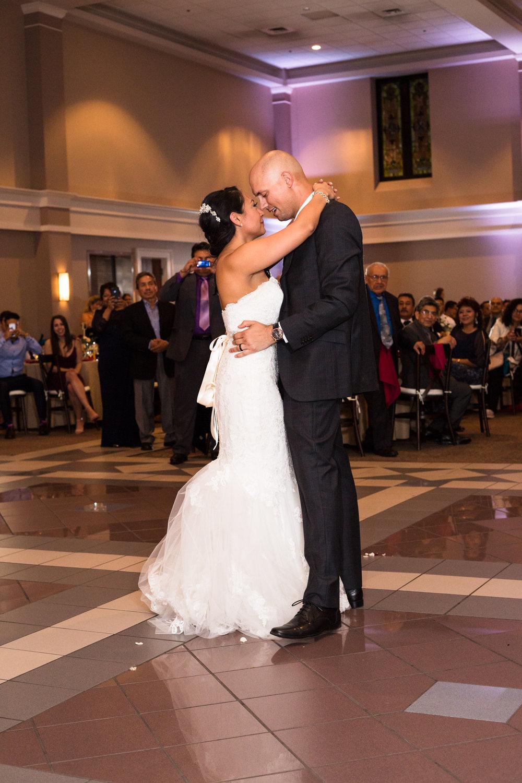 Cathederal-of-the-Incarnation-Nashville-Wedding-Arlene-and-Nathan-Wedding-Sneak-Peak-Negatives-0136.jpg