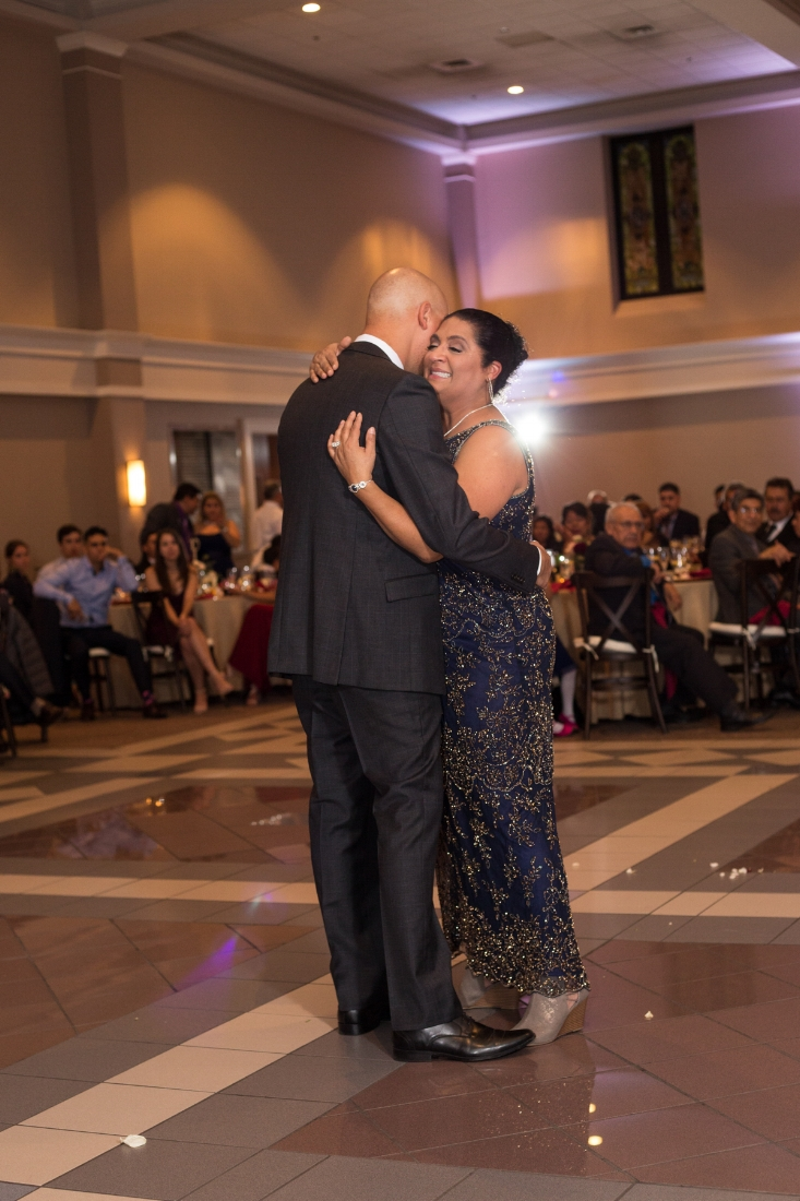 Cathederal-of-the-Incarnation-Nashville-Wedding-Arlene-and-Nathan-Wedding-Sneak-Peak-Negatives-0142.jpg