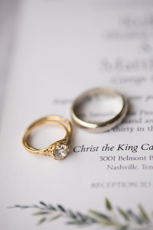 Kelli-and-Matt-Nashville-Wedding-Sneak-Peak-0022.jpg